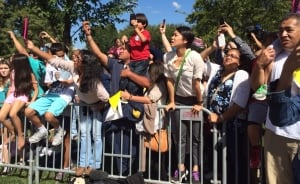 Straining to see Pope Francis in Washington