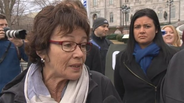 Louise Chabot, president of the CSQ, wants members to pressure the Quebec government to back down on austerity before the next budget.