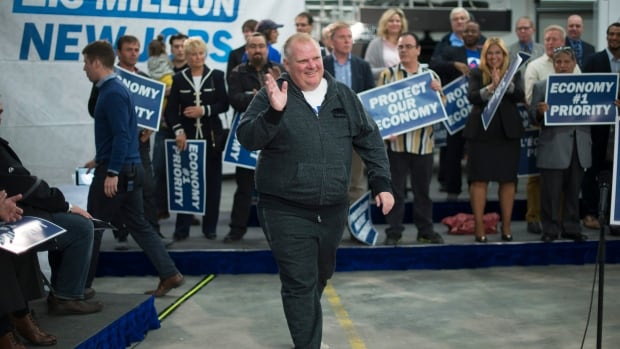 While Conservative Leader Stephen Harper is seeking help from Rob and Doug Ford, he is also trying to keep some distance between himself and the Ford family.