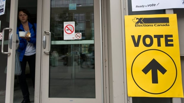 Elections Canada is preparing for a high federal election voter turnout on Monday, Oct. 19, following last weekend's large numbers at advance polls.
