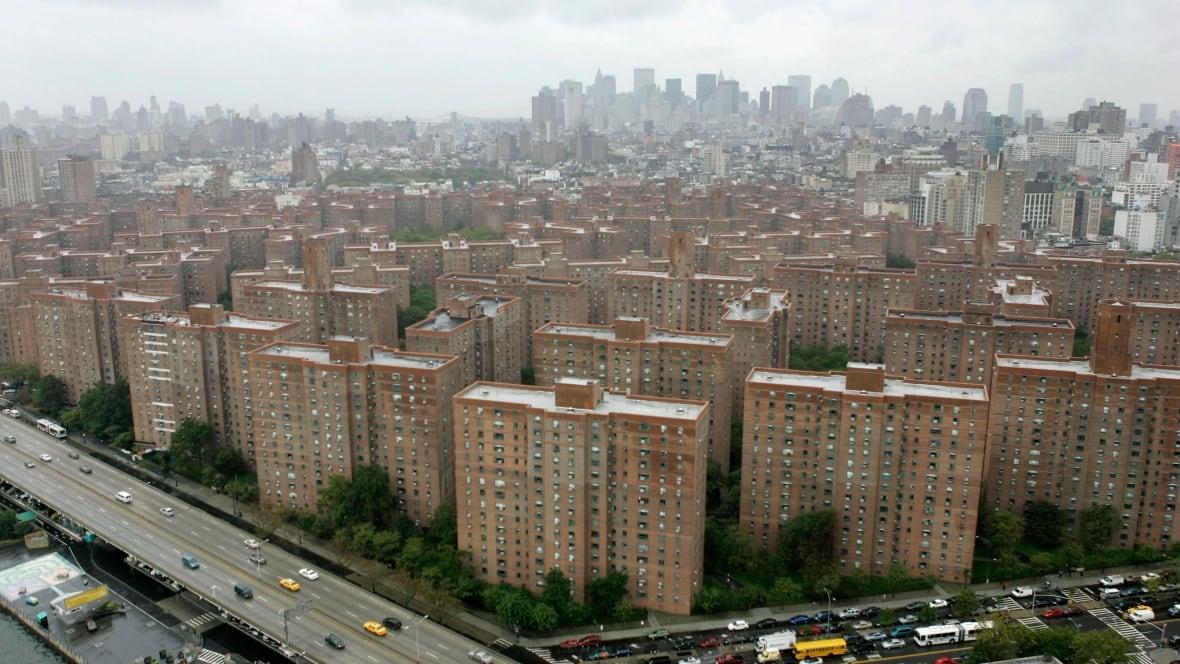 20 Something Manhattan Apartment: Ivanhoe, Blackstone In Deal To Buy $5.3B Manhattan