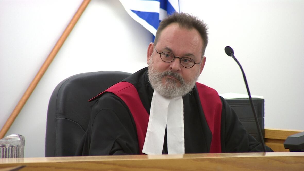 Paul Noble sworn in as newest judge in Clarenville ...