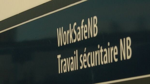 WorkSafeNB issued a letter of apology to 3,022 workers for mistakenly releasing private information.