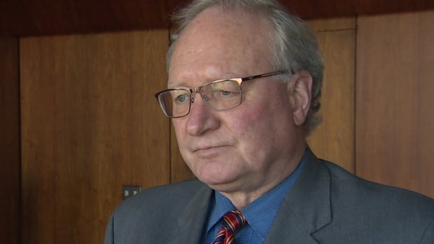 P.E.I. Premier Wade MacLauchlan says government plans to table 20 bills during the fall legislative session.