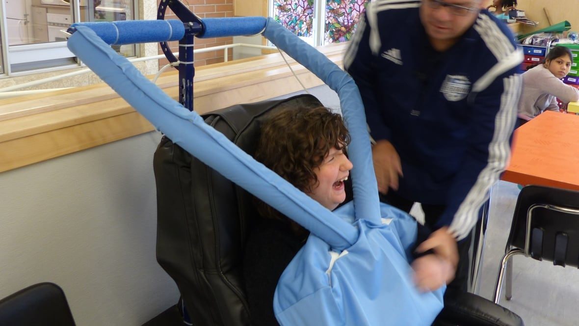 Students With Autism Find Comfort In Hug Chair Invented