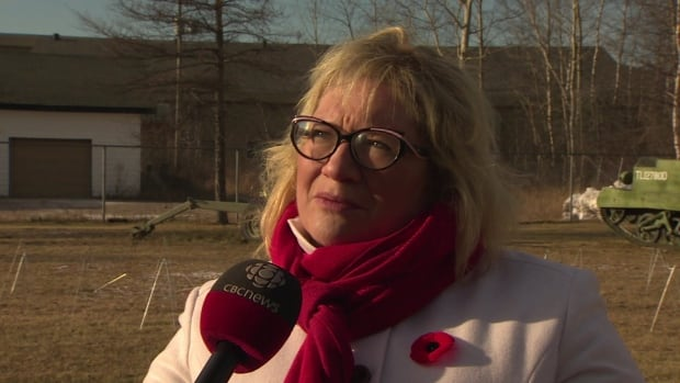 Labrador MP Yvonne Jones says the Happy Valley-Goose Bay base could process 1,000 refugees after they arrive in Canada.