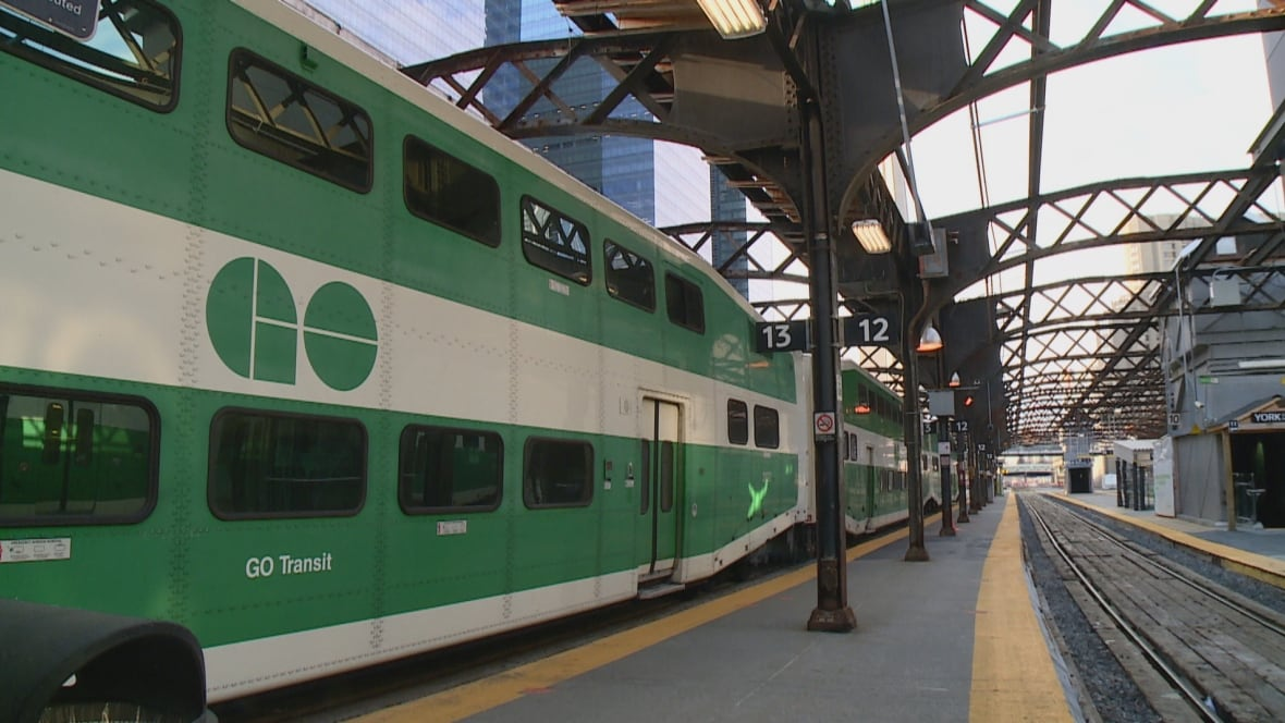 Man In Scooter Hit And Killed By Go Train East Of Port Credit Toronto Cbc News