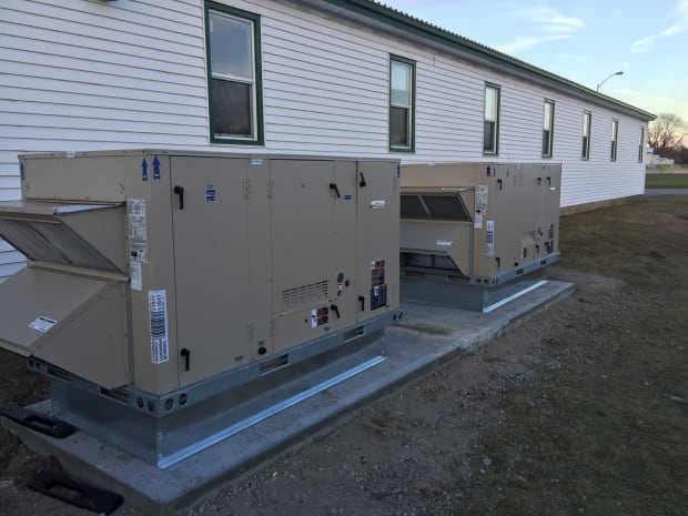 CFB Trenton heating units for Syrian refugees