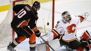 Flames lose 21st straight game in Anaheim