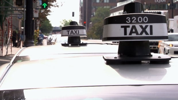 Taxi drivers face fines ranging from $125 to $350 for not accepting electronic payments.