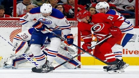 Hurricanes Cruise To Victory Over Oilers