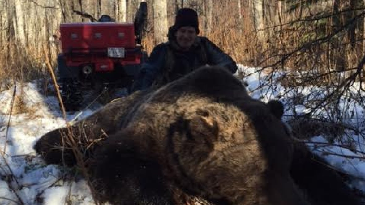 how to become a hunter in canada