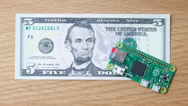 The Raspberry Pi Zero is smaller than a credit card and went on sale for $5 US ($6.65 Cdn) on Wednesday.