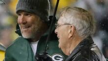 Brett Favre, Packers share one more memorable moment at Lambeau
