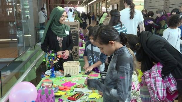 Мусульмане Калгари проводят встречу