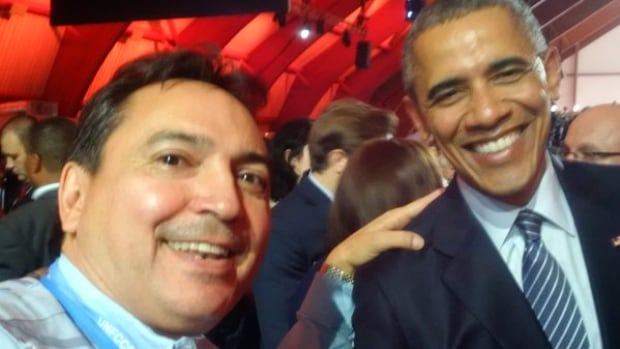 National Chief Perry Bellegarde poses with U.S. President Barack Obama in a photo snapped by Canadian Prime Minister Justin Trudeau at the Paris Climate Change Summit.