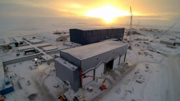 The Gahcho Kué diamond project, co-owned by De Beers Canada and Mountain Province Diamonds, is located at Kennady Lake, about 280 km northeast of Yellowknife.