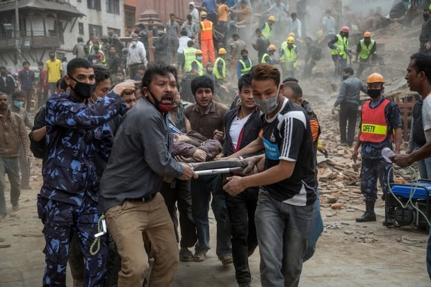 2015 year in photos Nepal earthquake April 25 Kathmandu rescue
