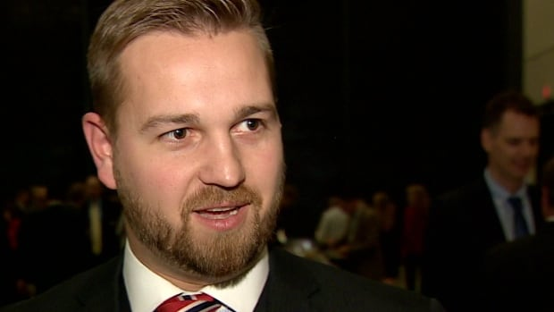 Wildrose MLA Derek Fildebrandt says the suggestion by Progress Alberta that he should not have submitted an expense claim for a breakfast with Preston Manning is just a politically-motivated smear.