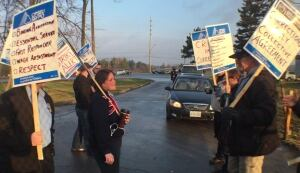 OCDC picket info line Dec 10 2015