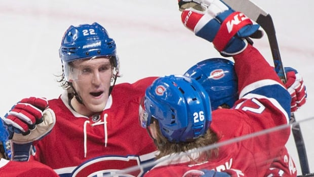 Montreal Canadiens forward Dale Weise left the Winter Classic game in the second period. The team has announced he'll be out for two to three weeks.
