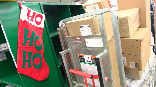 Canada Post holiday deliveries