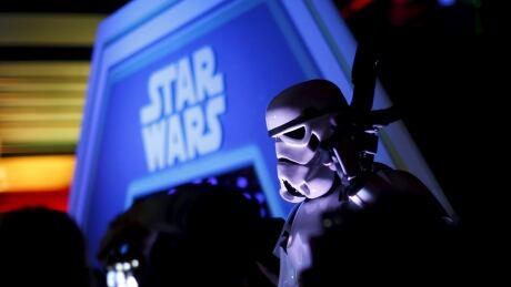 Star Wars Force Awakens Paris Disney Dec 16 2015
