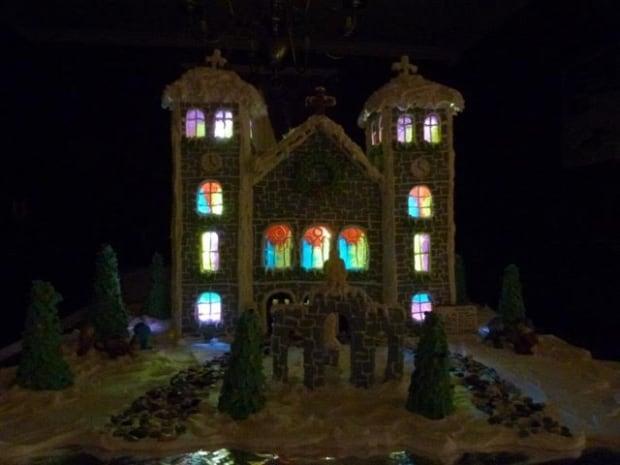 Gingerbread basilica dark