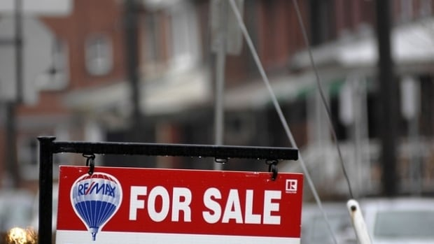 Price reductions are not uncommon for owners who want to sell homes in the Edmonton market right now.