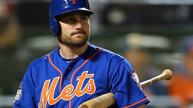 Former Mets second baseman Daniel Murphy is staying in the NL East for 2016 after reportedly signing a three-year, free-agent contract with the Nationals. The 30-year-old hit .281 this year with a career-best 14 homers and 73 runs batted in.