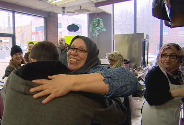 Hugs Rifi