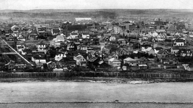 A view of downtown Calgary circa 1910.