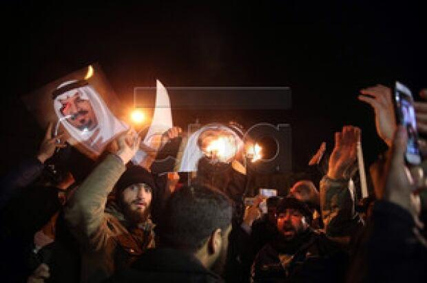 Tehran protest at Saudi Arabia embassy
