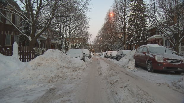 Many streets in Montreal's Notre-Dame-de-Grâce borough have yet to be cleared of snow almost a week after 39 centimetres fell.