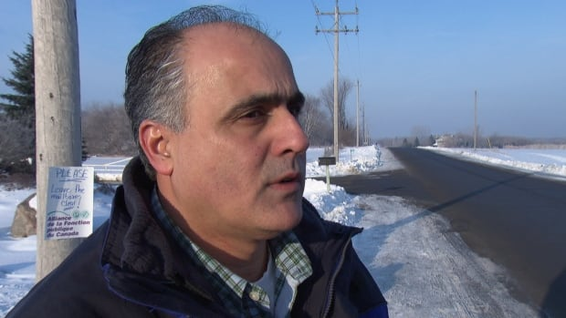 Osgoode Councillor George Darouze has launched a petition in hopes of evening out rates between Hydro One and Hydro Ottawa customers.