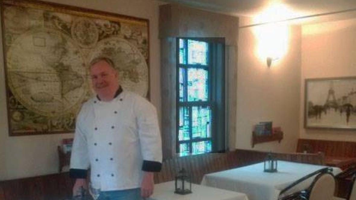 Gulliver S World Caf 233 Offers International Cuisine In
