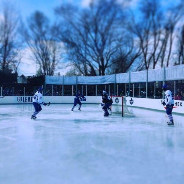 Toronto maple leafs outdoor practice east york