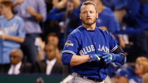 Blue Jays third baseman and 2015 American League MVP Josh Donaldson is among 156 players filing for salary arbitration. Donaldson lost his case last year and played for a $4.3 million US contract.