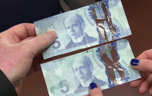 Counterfeit $5 bills
