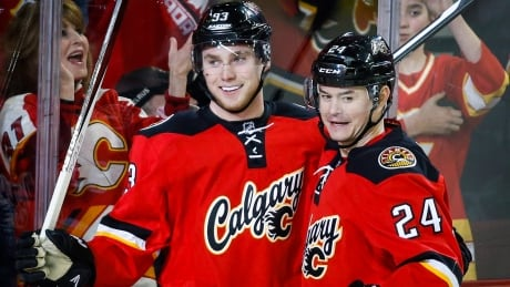 Flames Roast Panthers With Fast Start, Bennett's 4-goal Game