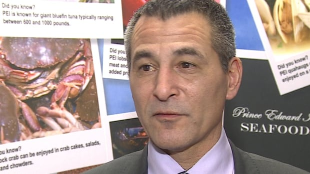 Federal Fisheries Minister Hunter Tootoo says his government will allocate quotas based on science, not politics.