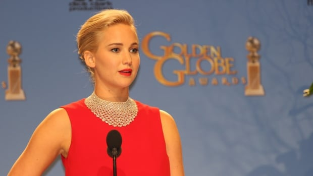 Jennifer Lawrence was slammed on social media after an exchange with a foreign reporter about his phone inside the Golden Globes press room on Jan. 10.