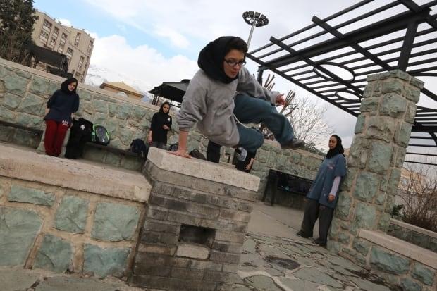 Parkour Iranian woman practice March 2014