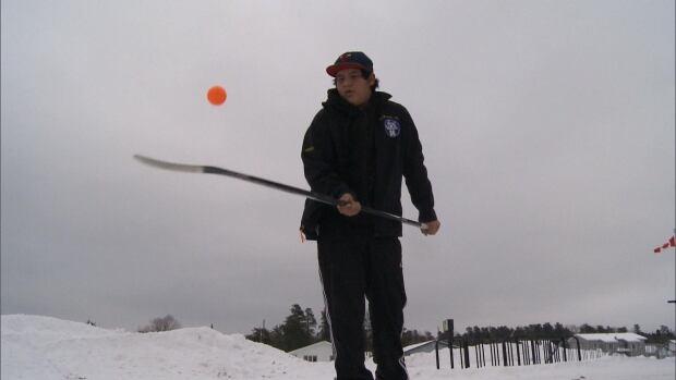 sioux lookout-hockey-jericho crane