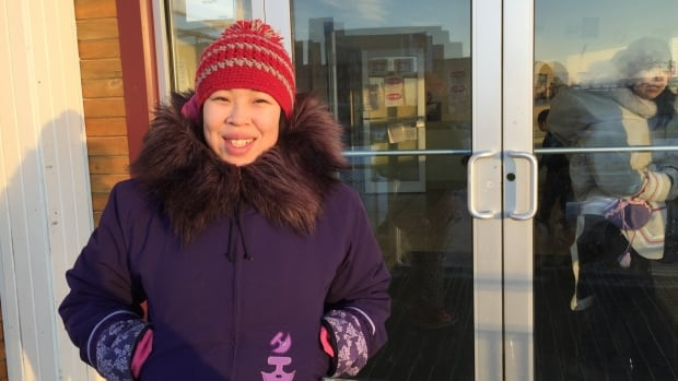 Vikki Amaaq is pregnant with her second child. She said that in her home community of Igloolik, it's normal for pregnant women to smoke. She smokes approximately 12 cigarettes a day.