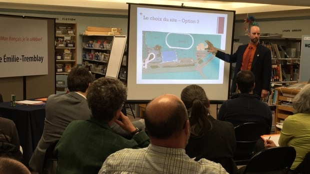 Marc Champagne, executive director of the Commission scolaire francophone du Yukon, talks about site options for the school at a board meeting in September.