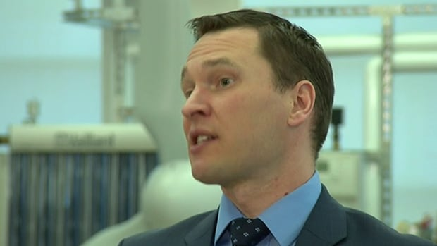 Deron Bilous, Alberta's economic development minister, announces additional funding and more advisers to help develop small tech companies Thursday.