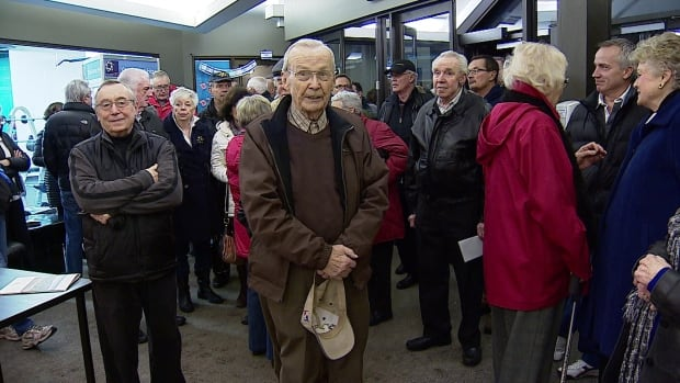 About 1,000 people showed up to voice their concerns over a new transit plan for southwest Calgary.