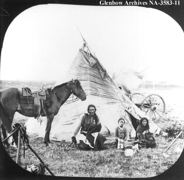 First Nations family c. 1900