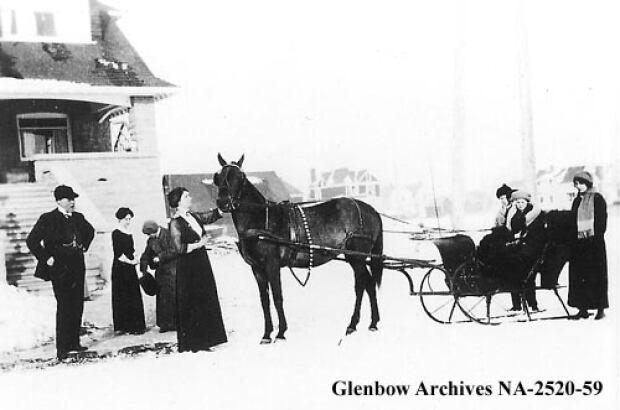Robert C. Thomas and his famiy.  c. 1910